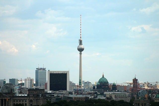Gruppresor till Berlin - en by över den tyska huvudstaden